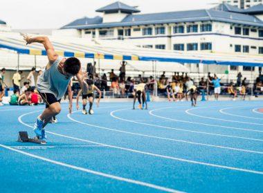 runners running sports track