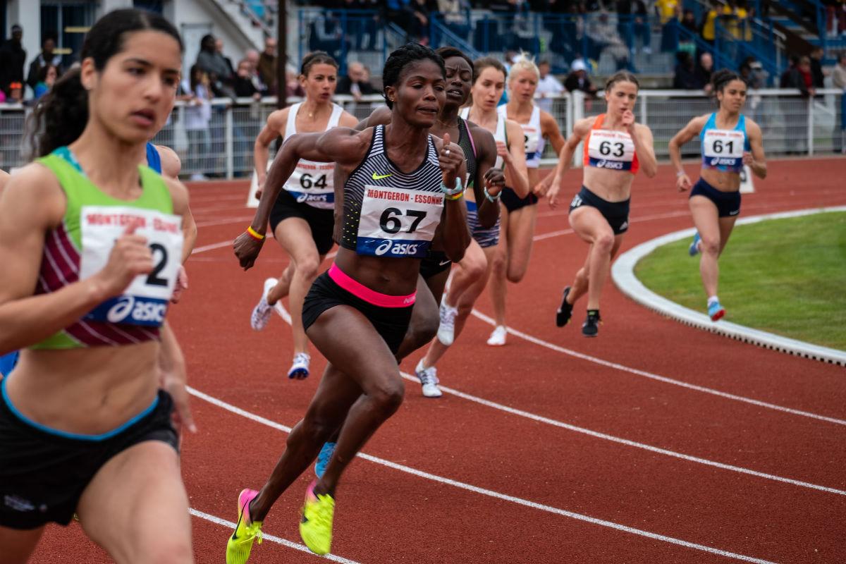 women running track performance