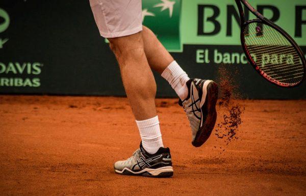 Best Men's Tennis Shoes for Flat Feet